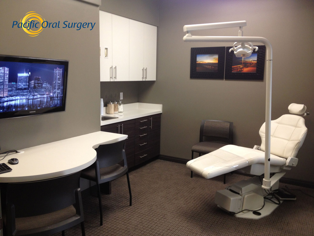 Office tour of Consultation Room Pacific Oral Surgery
